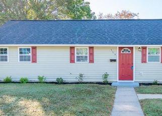 Casa en ejecución hipotecaria in Hampton, VA, 23666,  WINTHROP TER ID: F4459500