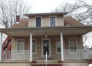 Casa en ejecución hipotecaria in Bensalem, PA, 19020,  HIGHLAND AVE ID: F4459800