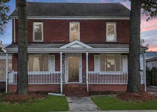 Casa en ejecución hipotecaria in Portsmouth, VA, 23704,  SUMMIT AVE ID: F4460335