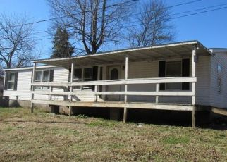 Foreclosure Home in Oliver Springs, TN, 37840,  COX CIR ID: F4460461