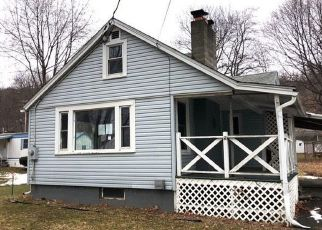 Casa en ejecución hipotecaria in Penn Yan, NY, 14527,  STATE ROUTE 54A ID: F4460813