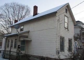Casa en ejecución hipotecaria in Meriden, CT, 06451,  FOSTER ST ID: F4460868