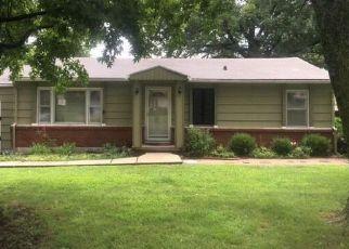 Casa en ejecución hipotecaria in Lees Summit, MO, 64063,  SE BROWNING AVE ID: F4460967