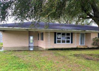 Foreclosure Home in Saint Martinville, LA, 70582,  COTEAU HOLMES RD ID: F4461252