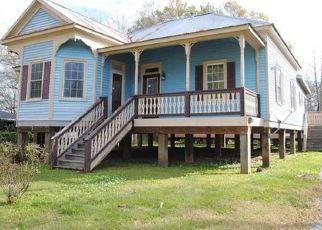 Foreclosure Home in Franklin, LA, 70538,  8TH ST ID: F4461259