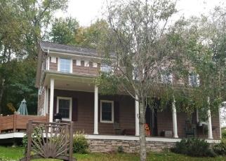 Casa en ejecución hipotecaria in Morris, CT, 06763,  STODDARD RD ID: F4461273