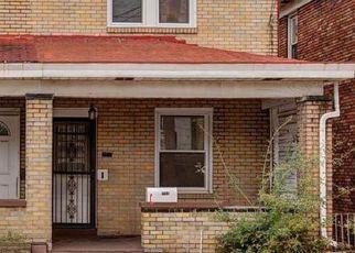 Casa en ejecución hipotecaria in Pittsburgh, PA, 15227,  CHURCHVIEW AVE ID: F4461702