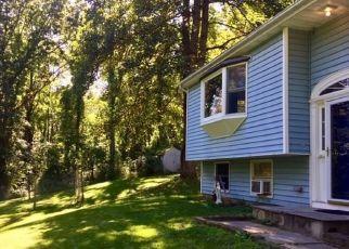 Casa en ejecución hipotecaria in New Milford, CT, 06776,  BITTERSWEET BLF ID: F4461834