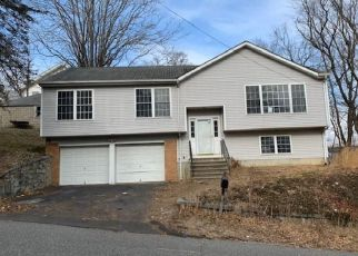 Casa en ejecución hipotecaria in Ansonia, CT, 06401,  FATHER LAR DR ID: F4462057