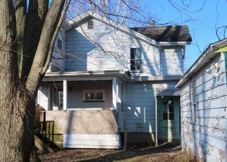 Casa en ejecución hipotecaria in Waterloo, NY, 13165,  CHURCH ST ID: F4462095