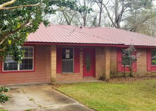 Foreclosure Home in Moss Point, MS, 39563,  CENTER DR ID: F4462828