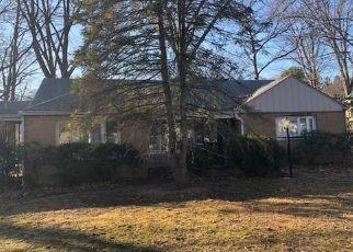 Casa en ejecución hipotecaria in Newington, CT, 06111,  RIDGEWAY ST ID: F4463051