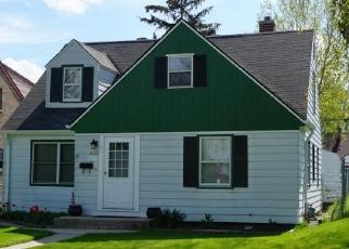 Casa en ejecución hipotecaria in Milwaukee, WI, 53218,  W LINCOLN CREEK DR ID: F4463660
