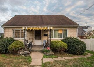 Casa en ejecución hipotecaria in Tarentum, PA, 15084,  W 9TH AVE ID: F4463683