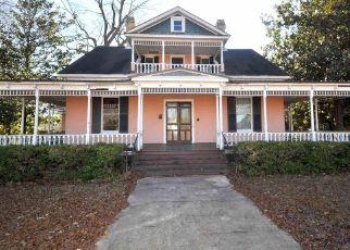 Casa en ejecución hipotecaria in Newberry, SC, 29108,  MAIN ST ID: F4463933