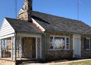 Casa en ejecución hipotecaria in Hampstead, MD, 21074,  HILLCREST ST ID: F4464536