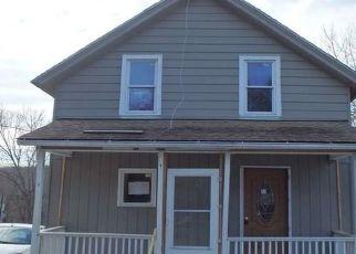 Casa en ejecución hipotecaria in Moosup, CT, 06354,  BITGOOD VLG ID: F4464678
