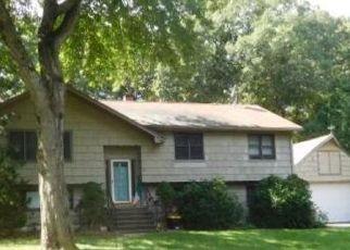 Casa en ejecución hipotecaria in Shelton, CT, 06484,  BONNIE BROOK DR ID: F4464732