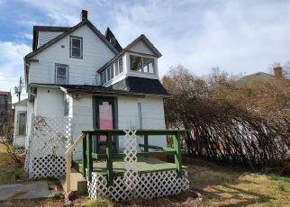 Casa en ejecución hipotecaria in New London, CT, 06320,  MONTAUK AVE ID: F4464746