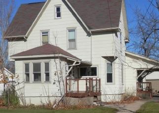 Casa en ejecución hipotecaria in Waupaca Condado, WI ID: F4464968