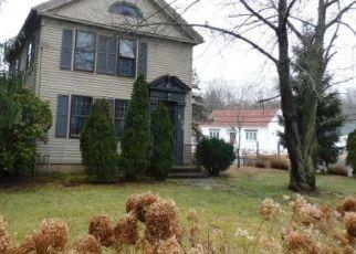 Casa en ejecución hipotecaria in Meriden, CT, 06451,  MAIN ST ID: F4465457