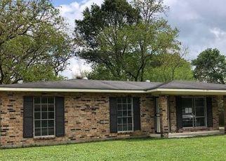 Foreclosure Home in Baton Rouge, LA, 70812,  NASHVILLE AVE ID: F4465720