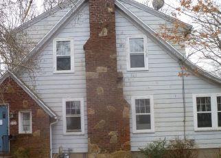 Casa en ejecución hipotecaria in New Haven, CT, 06515,  HEMLOCK RD ID: F4466460