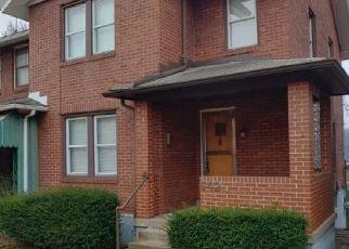 Casa en ejecución hipotecaria in East Pittsburgh, PA, 15112,  MAPLE ST ID: F4466718