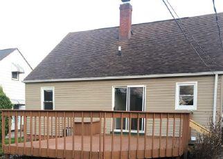 Casa en ejecución hipotecaria in Euclid, OH, 44132,  BRIARDALE AVE ID: F4467054
