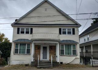 Casa en ejecución hipotecaria in Dickson City, PA, 18519,  LINCOLN ST ID: F4468243