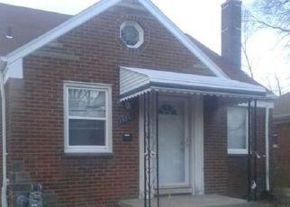 Casa en ejecución hipotecaria in Grosse Pointe, MI, 48236,  ROCKCASTLE ST ID: F4468714