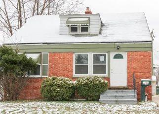 Casa en ejecución hipotecaria in Maple Heights, OH, 44137,  SOUTH BLVD ID: F4468954