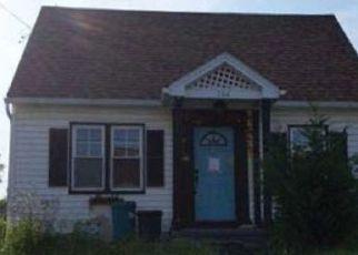 Casa en ejecución hipotecaria in North Versailles, PA, 15137,  GRAHAM AVE ID: F4469226