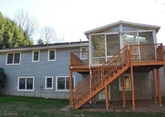 Casa en ejecución hipotecaria in Orange, CT, 06477,  MULBERRY LN ID: F4469366