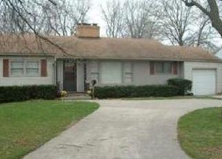 Casa en ejecución hipotecaria in Independence, MO, 64052,  BLUE RIDGE BLVD ID: F4472213