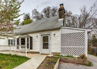 Casa en ejecución hipotecaria in Perry Hall, MD, 21128,  SILVER SPRING RD ID: F4473057