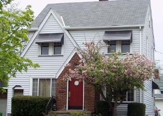 Casa en ejecución hipotecaria in Euclid, OH, 44123,  S LAKE SHORE BLVD ID: F4473390
