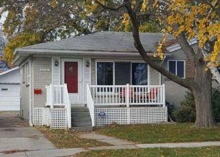 Casa en ejecución hipotecaria in Roseville, MI, 48066,  HURON ST ID: F4474478