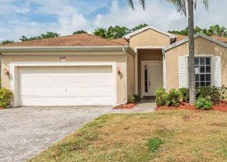 Casa en ejecución hipotecaria in Vero Beach, FL, 32967,  46TH LN ID: F4475807