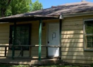 Casa en ejecución hipotecaria in Independence, MO, 64052,  S CEDAR AVE ID: F4477429