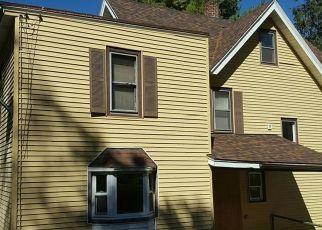 Casa en ejecución hipotecaria in Liberty, NY, 12754,  CARRIER ST ID: F4478020