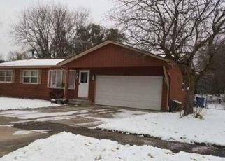 Casa en ejecución hipotecaria in South Elgin, IL, 60177,  AARON AVE ID: F4478490