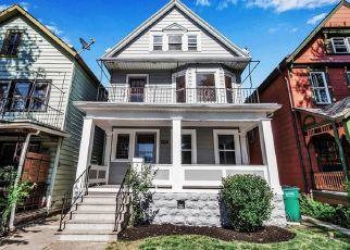 Casa en ejecución hipotecaria in Buffalo, NY, 14213,  FARGO AVE ID: F4478920