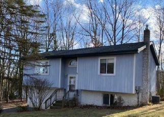 Casa en ejecución hipotecaria in Mount Pocono, PA, 18344,  DEERFIELD DR ID: F4479069
