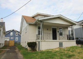 Casa en ejecución hipotecaria in Jenkintown, PA, 19046,  LONEY ST ID: F4479928