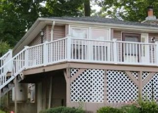 Foreclosure Home in Middlefield, CT, 06455,  SEMINOLE RD ID: F4480304