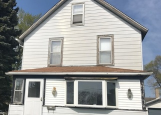 Foreclosure Home in Waukegan, IL, 60085,  ARCHER AVE ID: F4480308