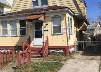 Casa en ejecución hipotecaria in Cleveland, OH, 44108,  E 96TH ST ID: F4480395