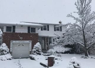 Casa en ejecución hipotecaria in Seaford, NY, 11783,  DAY ST ID: F4480445
