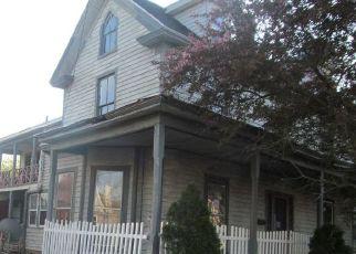 Casa en ejecución hipotecaria in Pocomoke City, MD, 21851,  WALNUT ST ID: F4480598